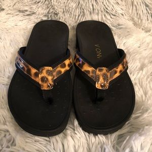 Vionic High Tide Sandals